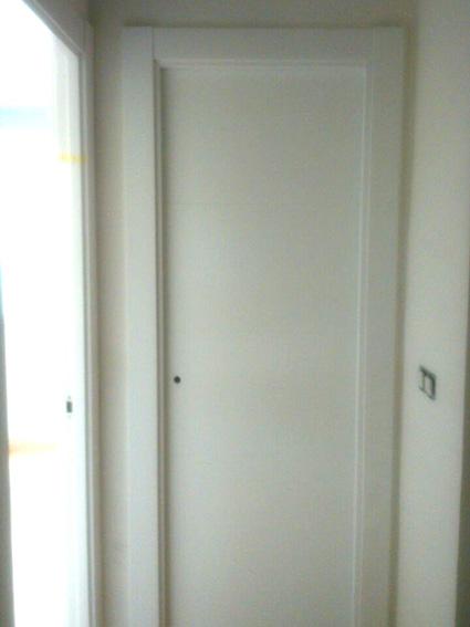 Instalación puertas lacadas blancas, SAN RAFAEL 9005 Parquets Nervion