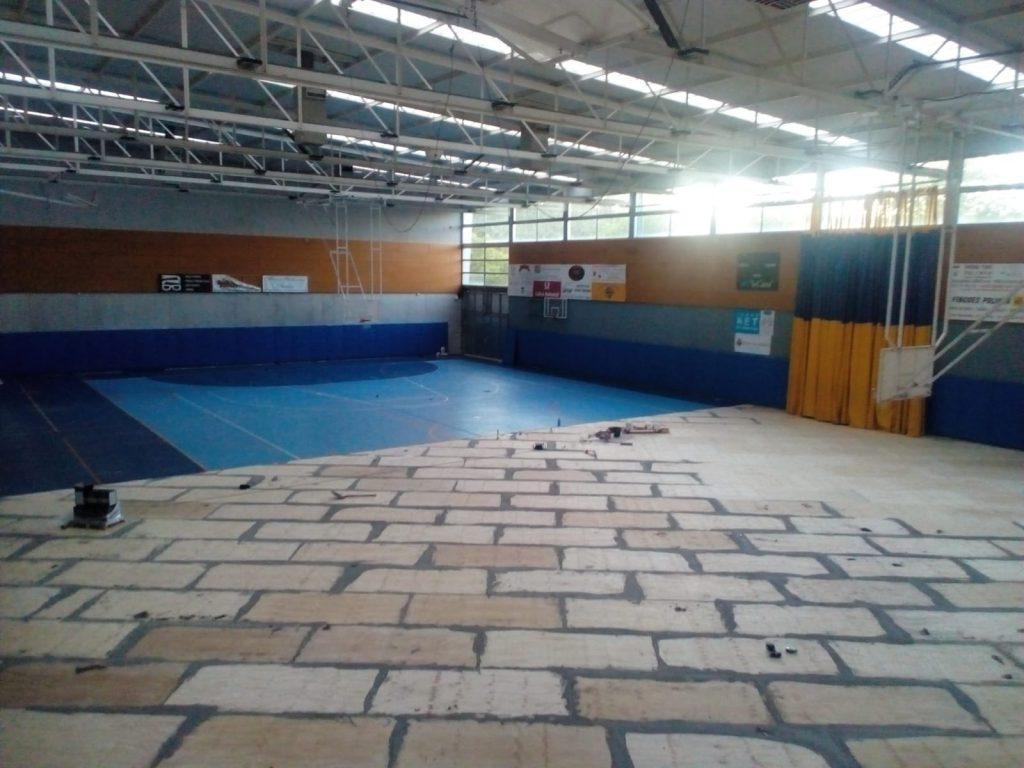 colocación pavimento deportivo