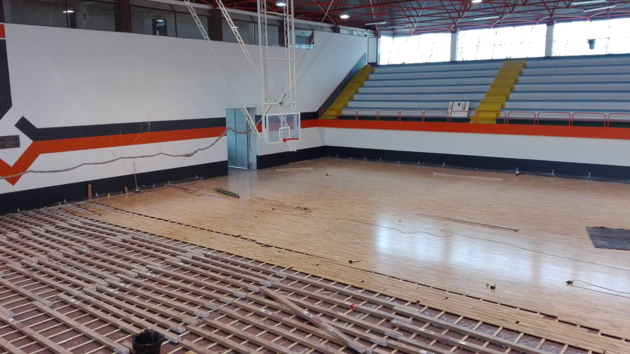 entarimado pavimento deportivo madera maciza